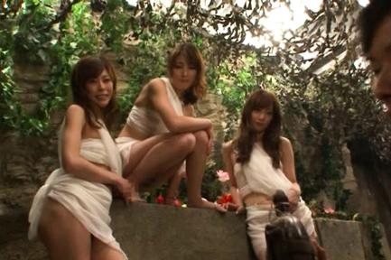 Karen Kisaragi gioca con la sua vagina :: OutdoorJp.com