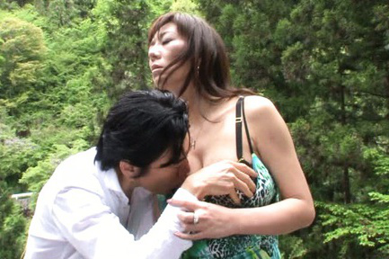 Noriko igarashi. Noriko Igarashi Asian has fine bazoom bas sucked in the park