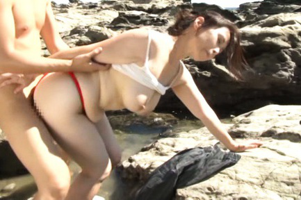 Yuuko kuremachi. Yuuko Kuremachi with cloth between anus cheeks sucks penish on rocks