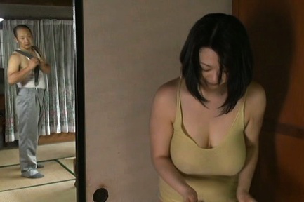 Japanese av model. Japanese AV Model with huge jugs takes bath