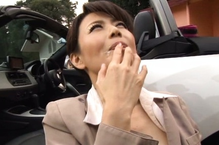 Japanese av model. Japanese AV Model gets cumshot on mouth after behind the car blow